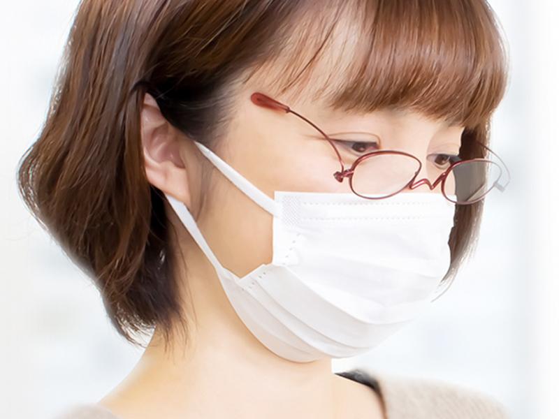 マスクをしていてもこめかみで掛けるから耳が痛くならない